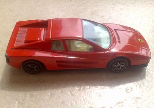 Modellino Ferrari Testarossa Burago 1:43