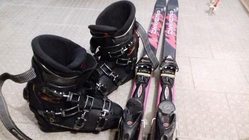 Vendo scarponi da sci e sci con attacchi
